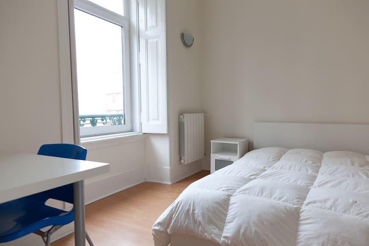 Spacious, central, sunny apartment - Lisboa - Apartment