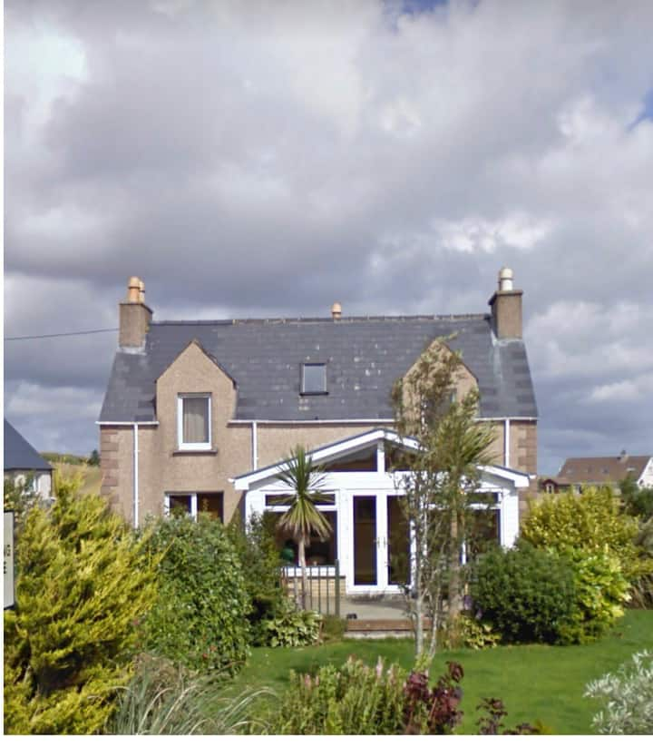 Drover' Rest, Central Stornoway Cosy Home