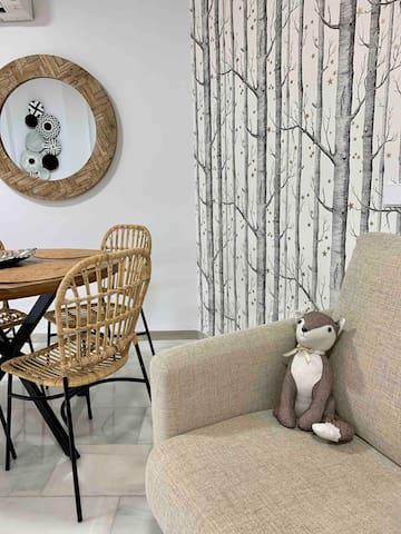 Charming one bedroom apartment + KAYAK!