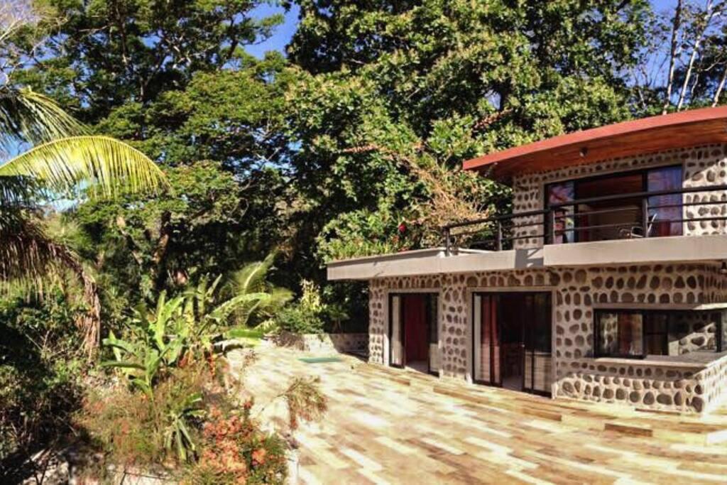Casa GEKO