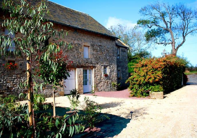 """Gîte """"La Boulangerie"""" - Vierville-sur-Mer - Daire"""