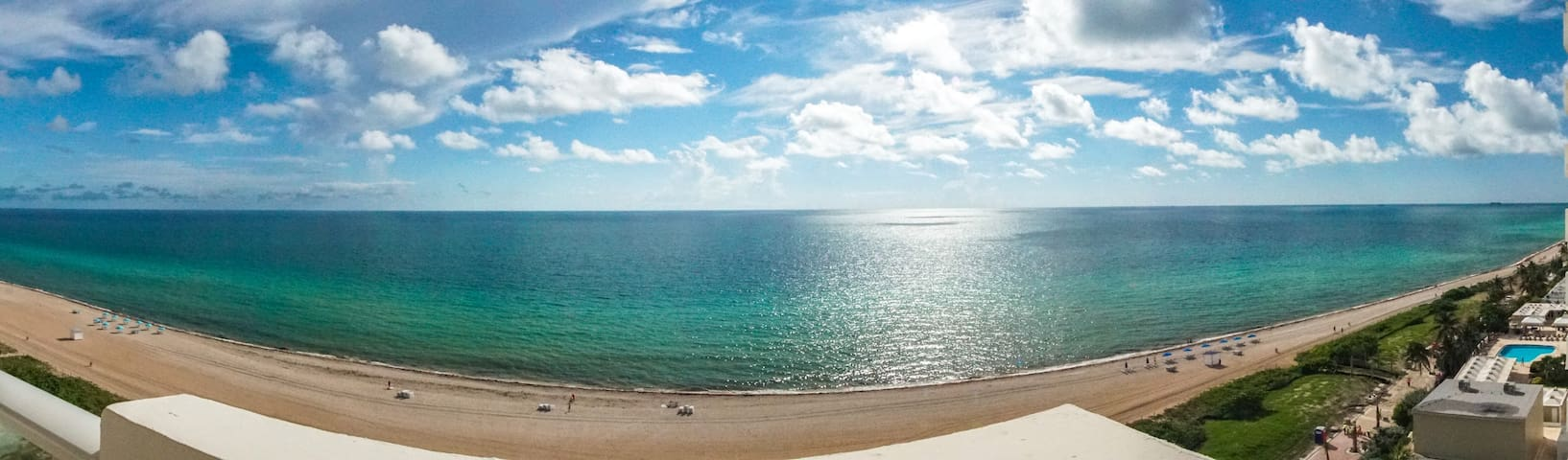 Spectacular 2/2 oceanfront with direct ocean view