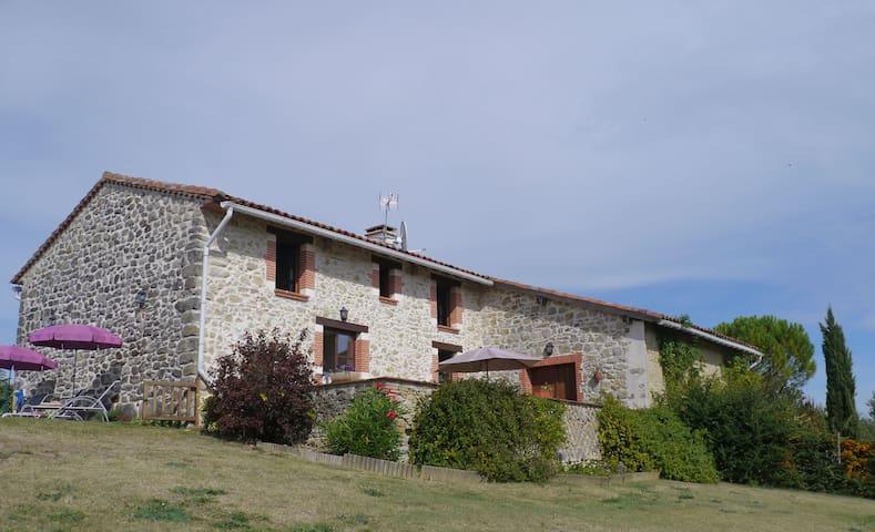 The Cottage at En Bretus