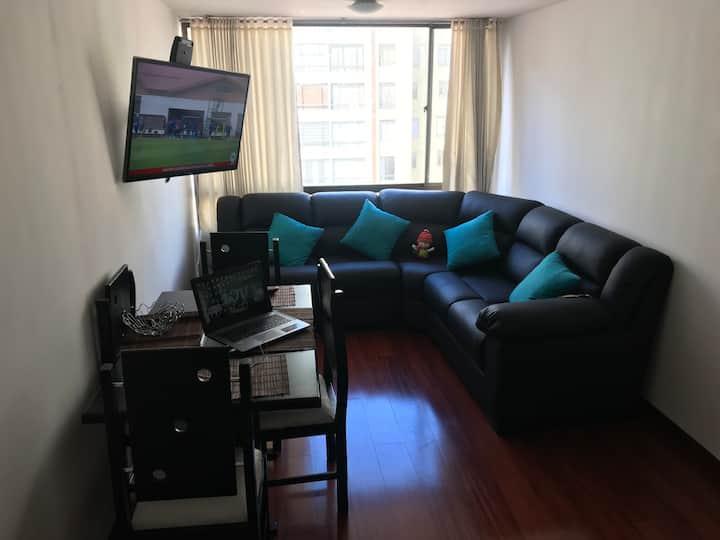Apartamento confortable y club house