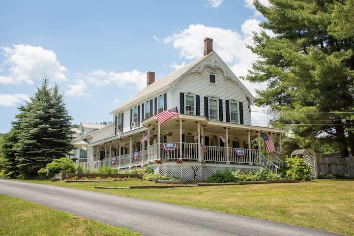 Alynn'sButterflyInn Vacation House