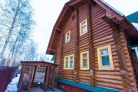 Комнаты в гостевом Доме - Arkhangel'sk - 宾馆