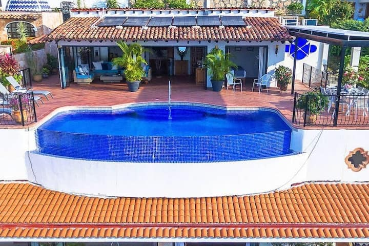 Pool House at Villa Malia, Luxury close to it all