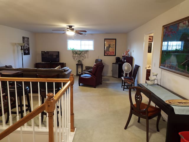 Spacious & cozy 3 room/1 bath unit in Chattanooga. - Chattanooga - Townhouse