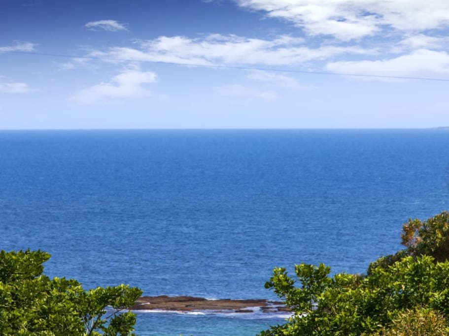 The magnificent easterly aspect looks directly at the picturesque Scarborough beach