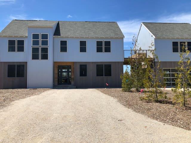 Eclectic Modern Farmhouse in Baileys Harbor