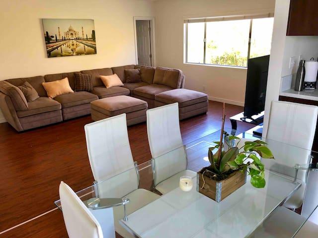 Luxury brand new 2 bd apt downtown Santa Monica