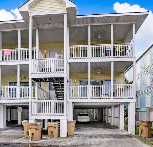 Tybee Island condo steps from the beach!