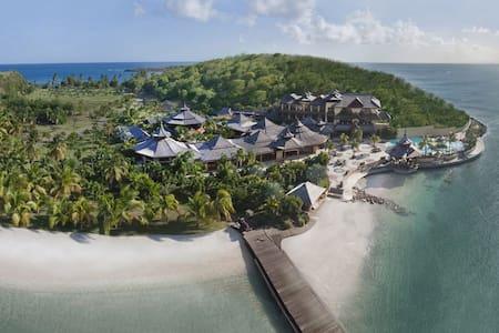 25 bedroom, private island - Saint George's - Villa