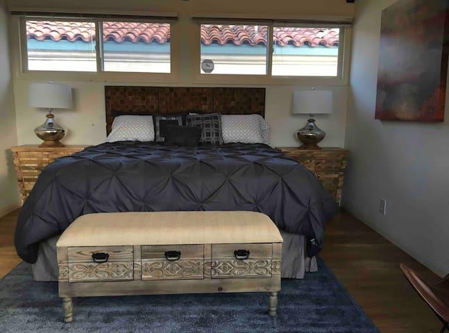 Downtown Culver City 3-Bedroom Suite