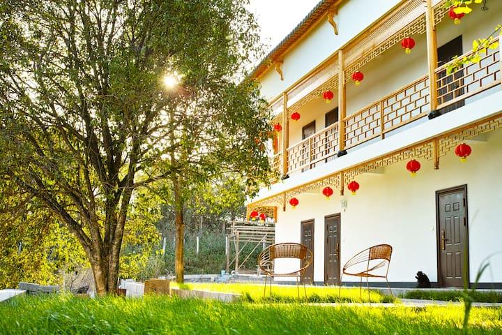 黟县果园里客栈,别样的徽州乡村民居,别样的果园文化,这里是您旅途中的家 - Huangshan - House