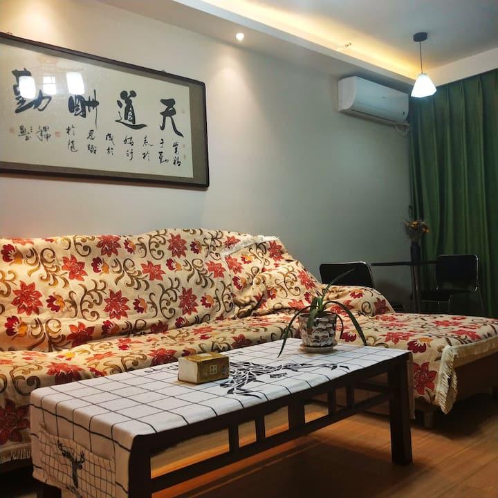 江夏客厅站loft公寓