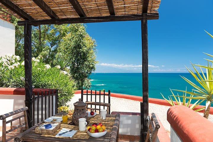 Arcile Home, a terrace on the sea! - Augusta - Casa