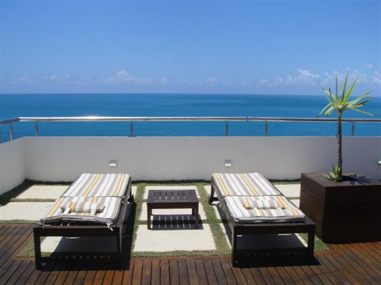 Beautiful Barra Penthouse with an amazing panoramic seaview. Wonderfully relaxing.