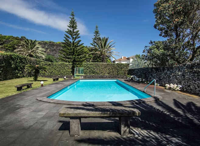 Caloura's Pool House