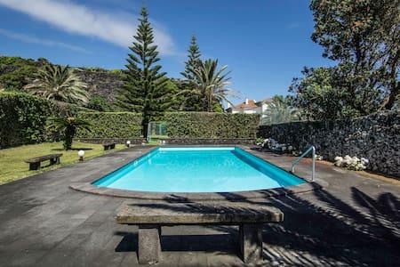 Caloura's Pool House - Caloura - House