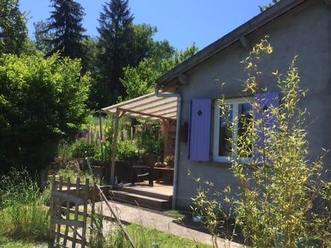 """Chapeau de Soleil"" studio in the Creuse"
