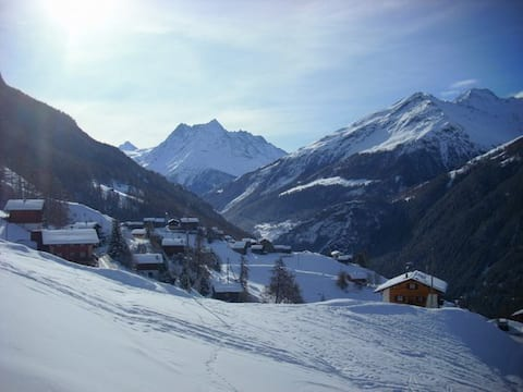 Peaceful Mountain Paradise - Valais