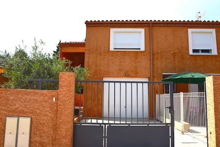 Villa avec garage - Bize-Minervois