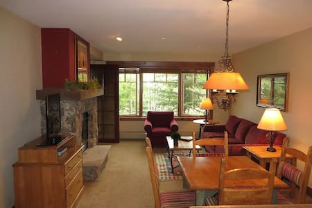 #1Rated Property! Ski In! Walk2Town