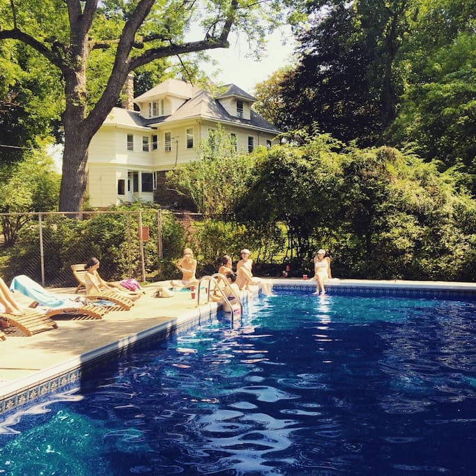 The pool in July. (Not heated, but feels GREAT during those hot NY summers) - Thanks for the photo Julie!