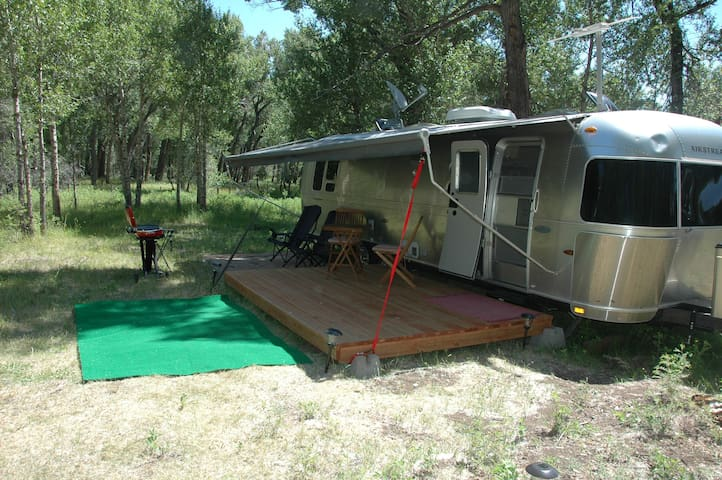 Glamping in Southern Colorado - Antonito - 캠핑카