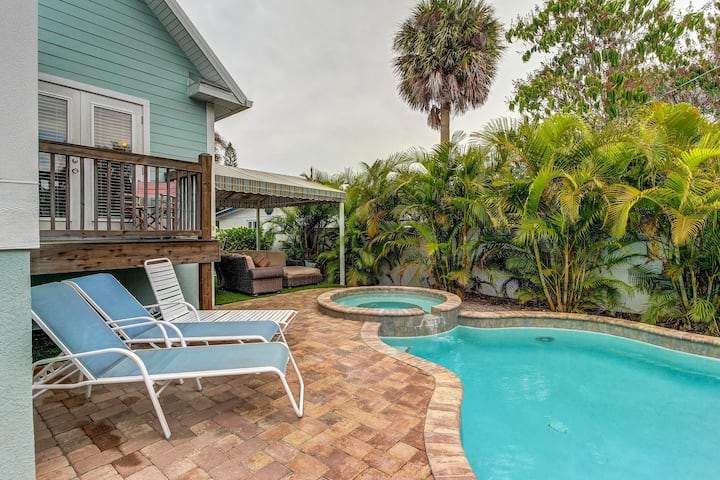 Brand new dog-friendly home w/ private pool in prime location