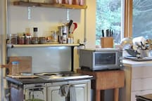 2 burner cook-top with Breville convection oven.