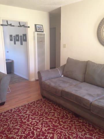 Quaint 2brm w/one for rent - Fairfield - Apartment