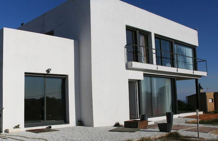CASA DISEÑO EN COSTA BRAVA - Palafolls - House