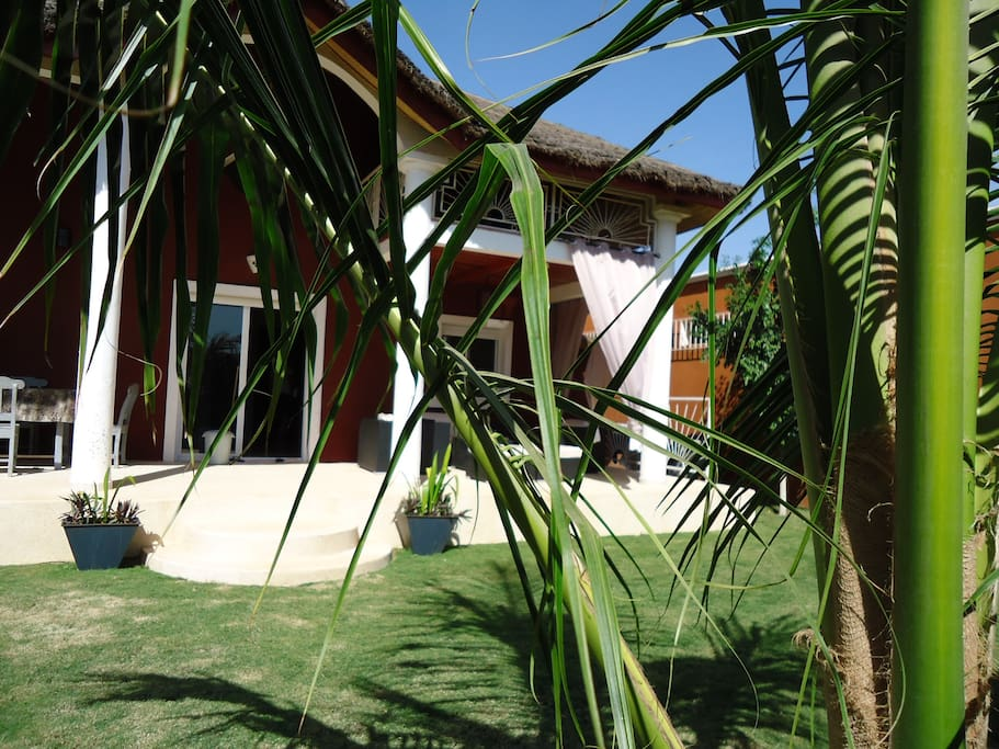 Villa et son jardin