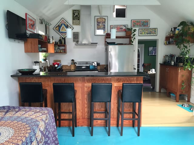 Spacious and fun West End Apartment - Portland - Apartmen