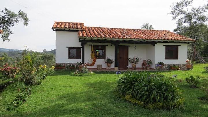 Hermosa y acogedora cabaña cerca a Villa de Leyva