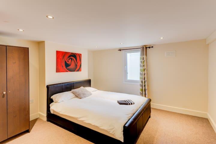 Hotel Tawanda - Cozy Kent Hide-away - Gillingham