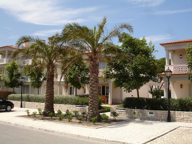 Lovely Silver Coast apartment - Amoreira - Apartment