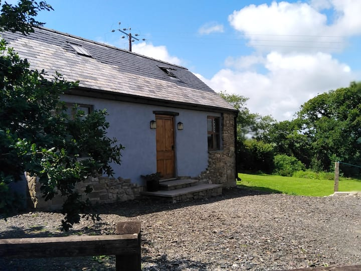 Pembrokeshire Cottage with a View