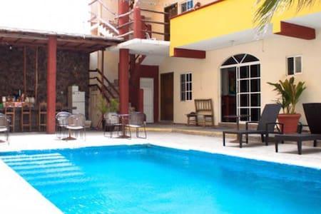 Hotel Paraiso Single Room 8 - Isla Mujeres - Byt