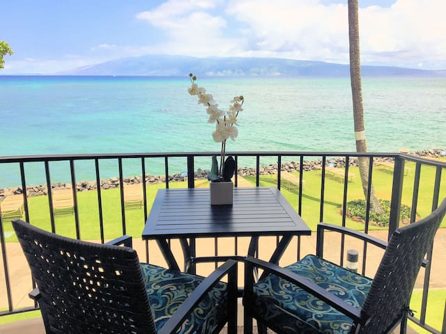 LUXURY ★ Tropical Hawaiian  ★ OCEANFRONT ★ VIEWS!