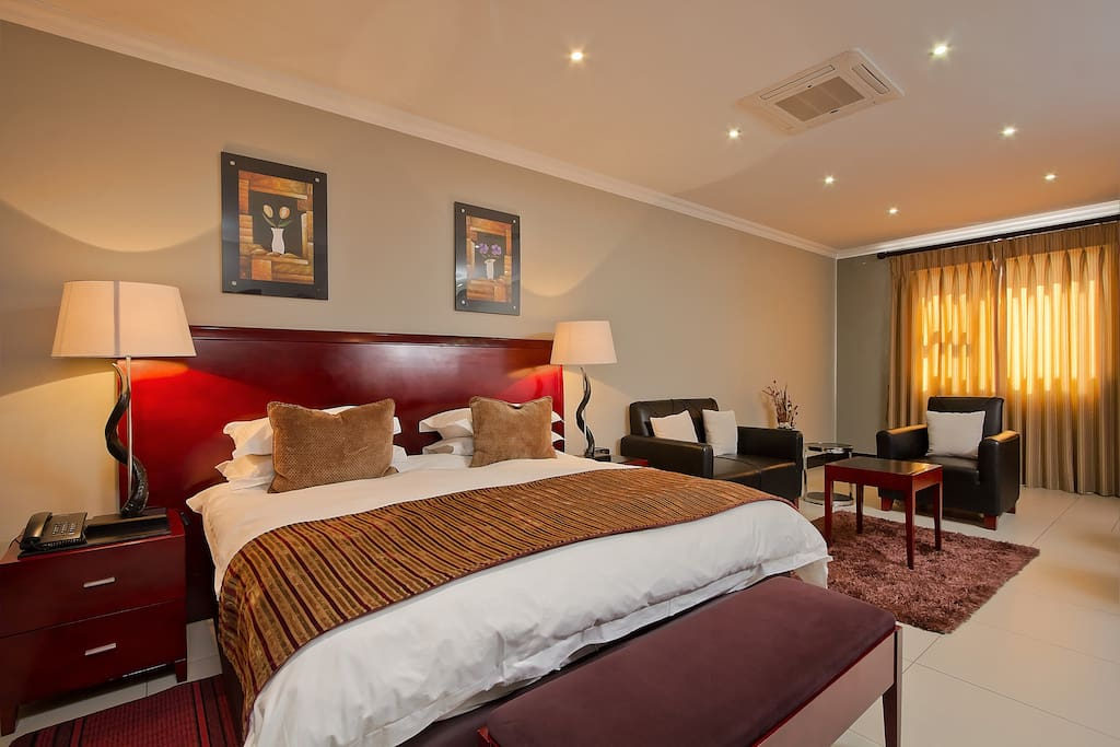 Luxury Spacious Suite