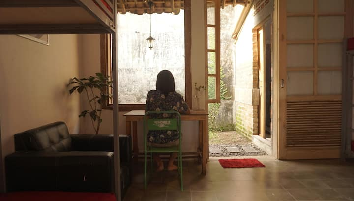 Arts and vintage style hostel in Sukabumi