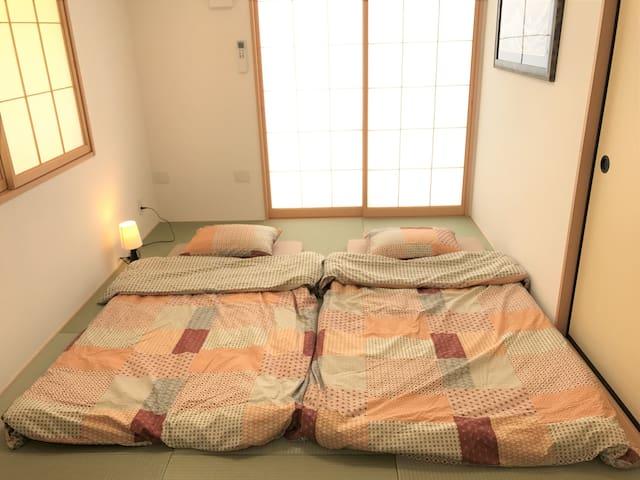 ~寝室4~お布団を2組敷いていただけます。