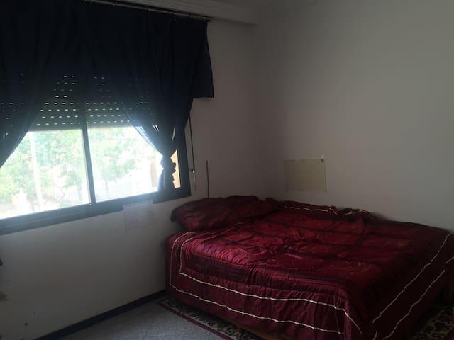 Room 3 * 3 square meter is very cle - Salé - Apartmen