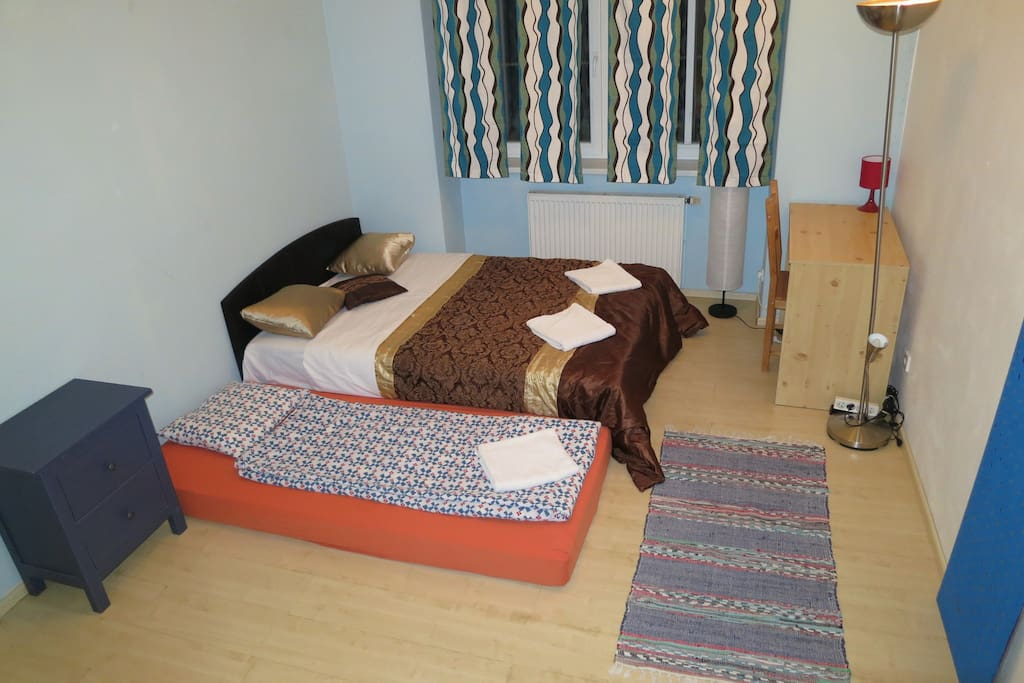 can have extra bed or double airbed