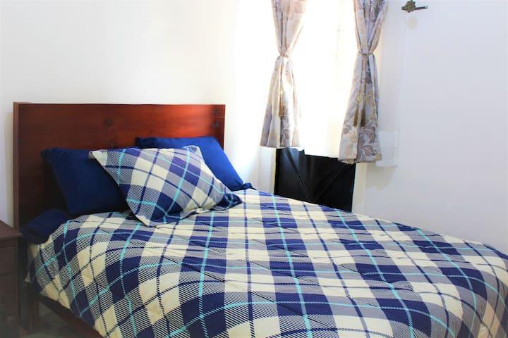 DOUBLE SIZE BED- Room in Condesa! near REFORMA AV.