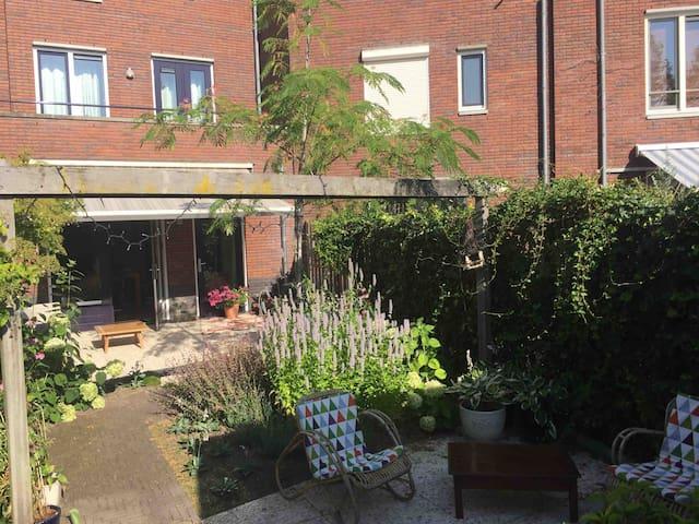 Etage in riant dijkhuis