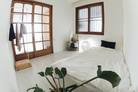 [Bsalon] Private Room 'Hana'
